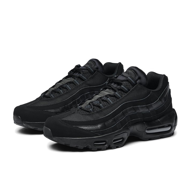 кроссовки Nike Air Max 95 «Triple Black»